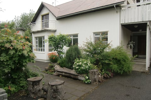 Хорошая квартира в центре Selfoss  (HG-3394)