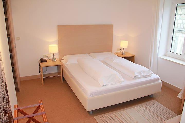 Villa Dubravka ROOM 6 Šipanska luka - Šipanska Luka - Bed & Breakfast