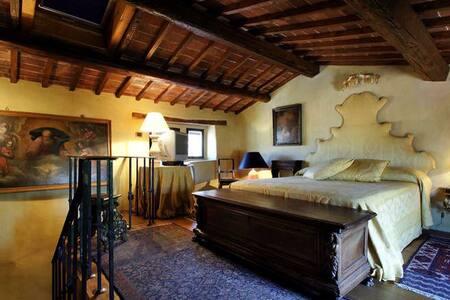 Medieval Tower Florence & Chianti - Figline Valdarno - Castelo