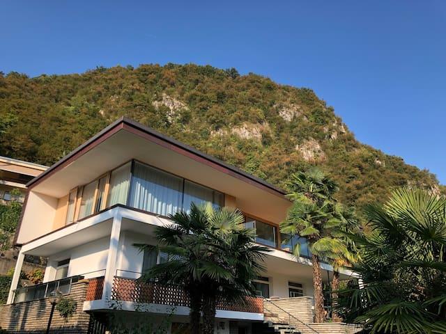 Luxury apartment Caslano