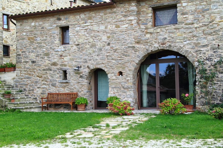 Rustic stone house in the Romagna