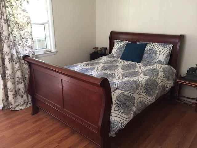 Cozy Room Near Mt Vernon/Ft Belvoir - Alexandria - House