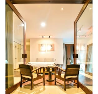 Oasis in Central Jakarta 1 - Central Jakarta - Bed & Breakfast