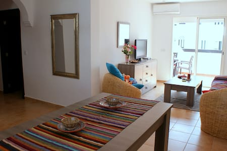 Alcudia Smir Sea-view Apartment - Tetouan Province