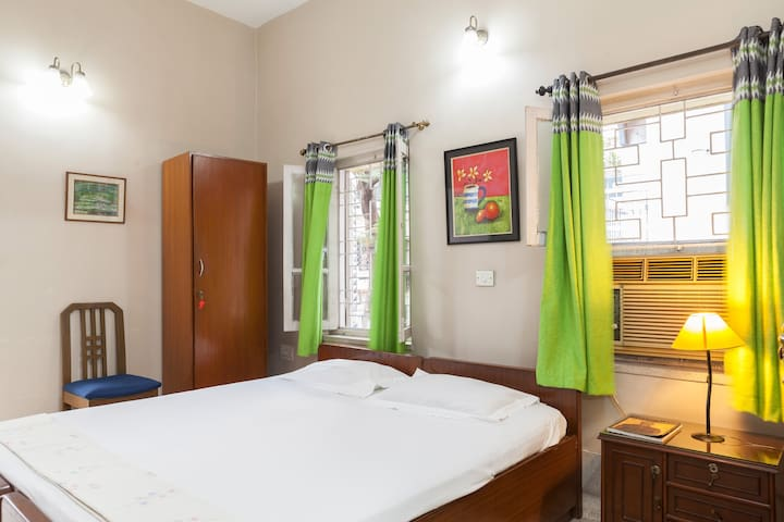 ACE BNB ROOM 2 CERTIFIED BY GOVERNMENT