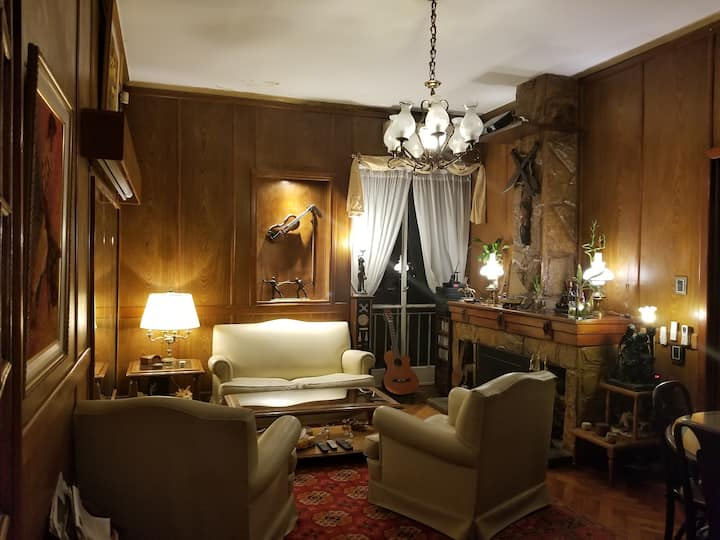 Luxurious apartment in front of Plaza Almagro