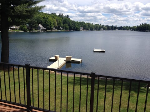 Beautiful, quiet, lake-side two bedroom apartment
