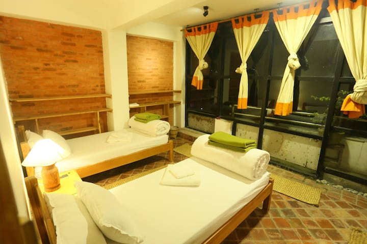 Local Homestay, Rooftop Garden!! - Banepa - Penzion (B&B)
