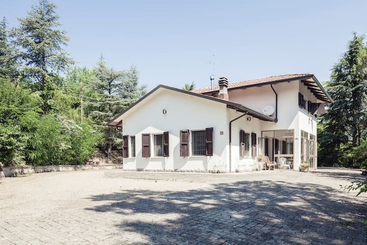 Cozy Country House with fireplace - Casalfiumanese - Bed & Breakfast