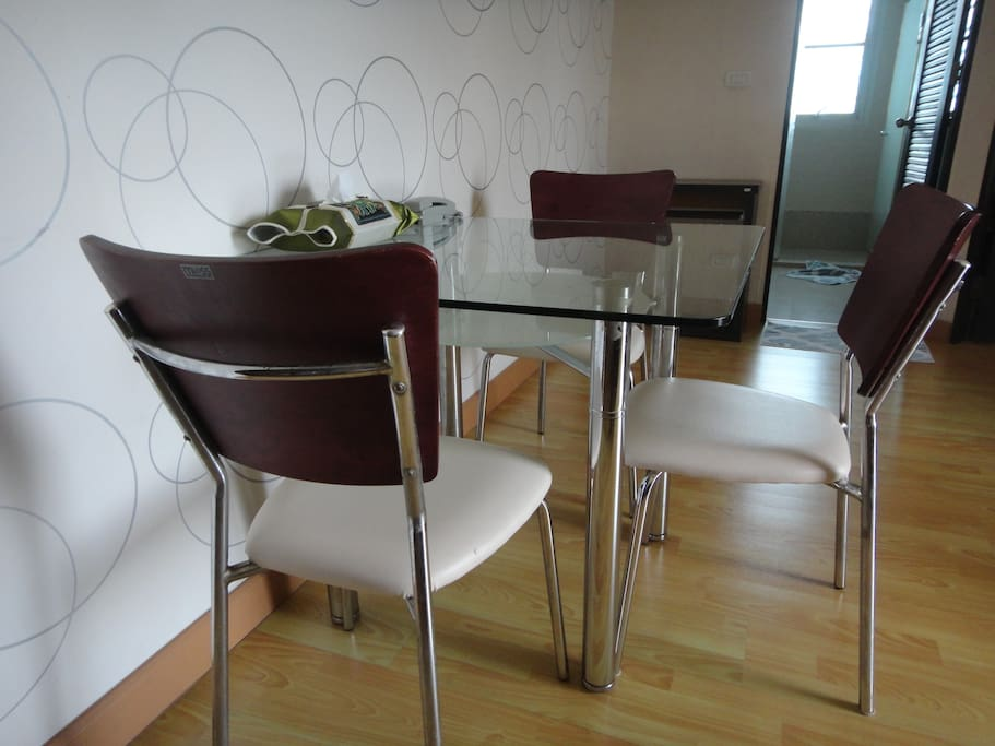 Dining Table (3 chairs)