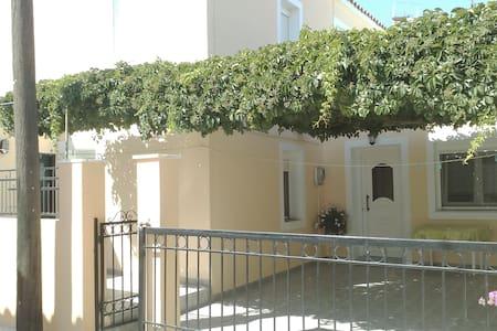 villa kontopouli - Casa
