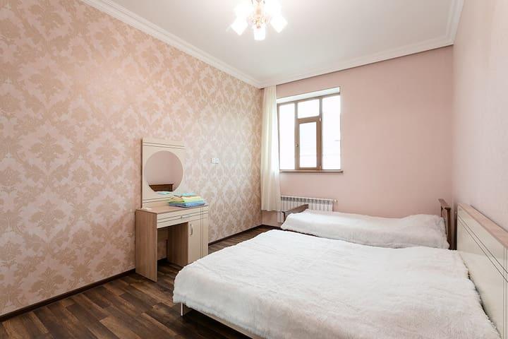 2nd Bedroom - Sleeps 3.