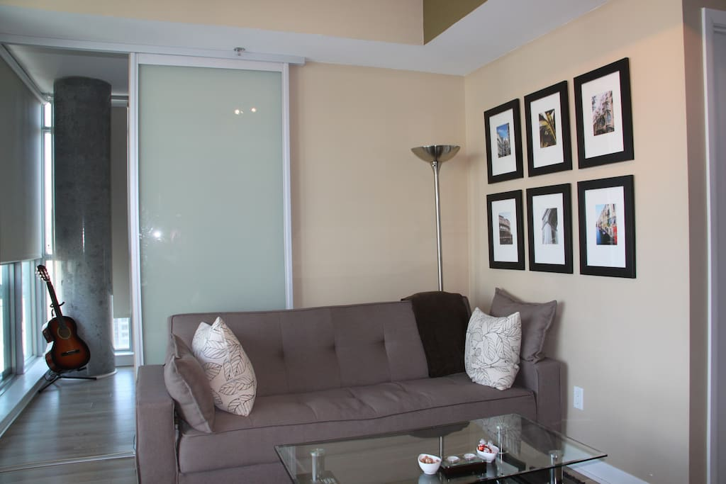 Bright and Sunny Space For You To Hang Out!