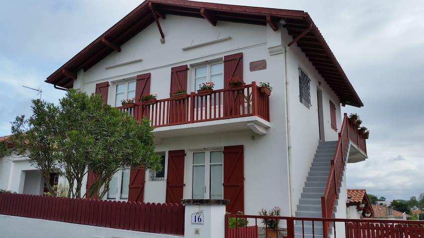 chambres d'hôtes Goxoan - Saint-Jean-de-Luz - Bed & Breakfast
