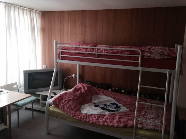 Bright room  Noordwijk beach 1 km.