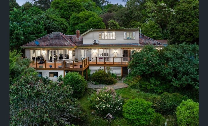 Mountain Villa in Dandenong Ranges