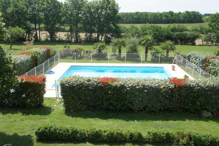 Meublé entre Toulouse et Montauban - Dieupentale - Apartamento
