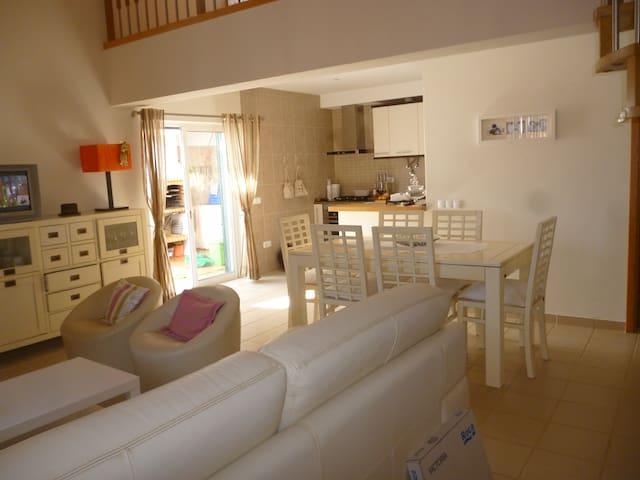 Casa em Odeceixe nova com 3 quartos - Odeceixe - Huis