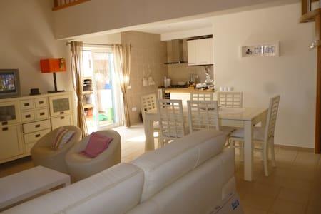 Casa em Odeceixe nova com 3 quartos - Odeceixe - Casa