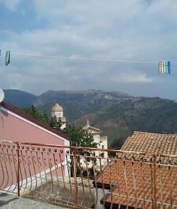 appartamento in paese di collina - Miglierina - Byt