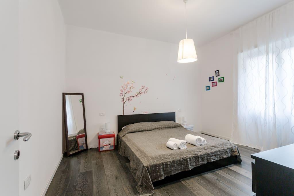 camera da letto con possibilità di aggiungere terzo letto