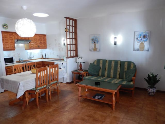 Playa Blanca Villa, sleeps up to 3