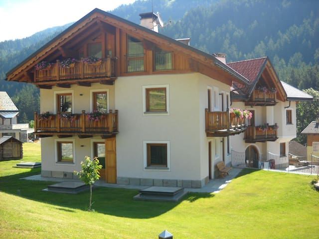 CHALET IN BORMIO OPEN ALL THE YEAR - Cepina - Pis