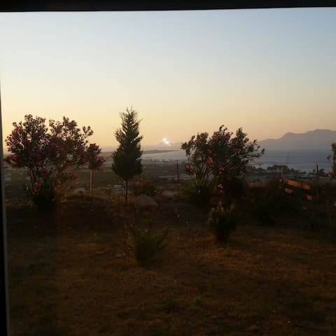 VIEW THE AEGEAN AND THE CITY OF KOS - Kos - Wohnung
