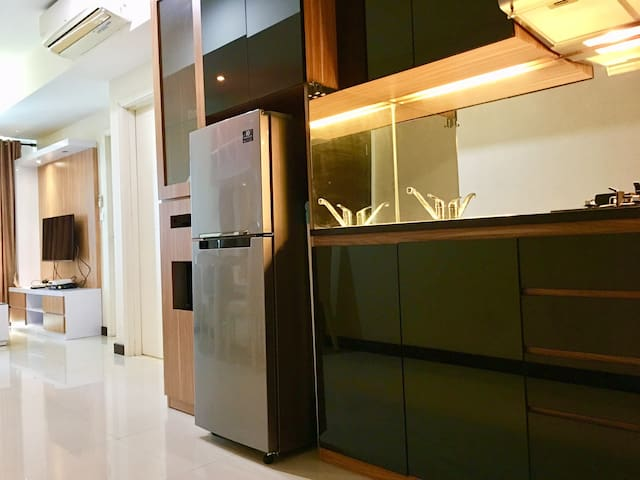 Neat & Comfy Apartment Kota Kasablanka