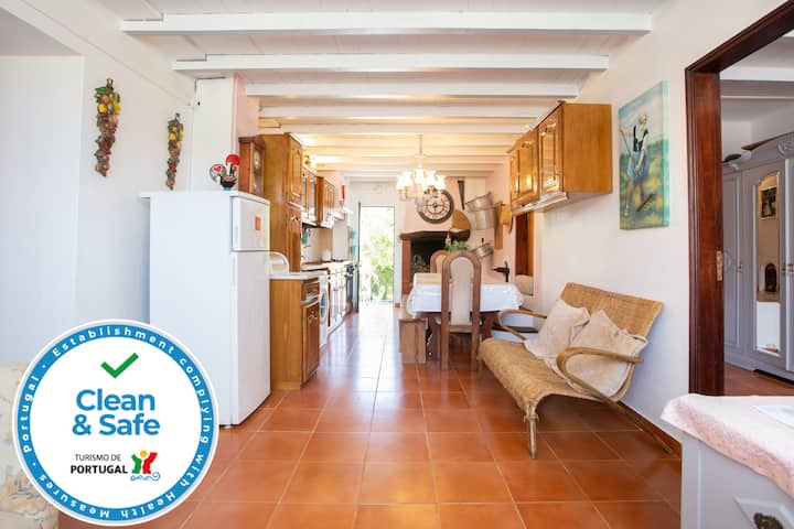 Casa da Vinha - 2 Suites | Rural Farm | 2km to sea