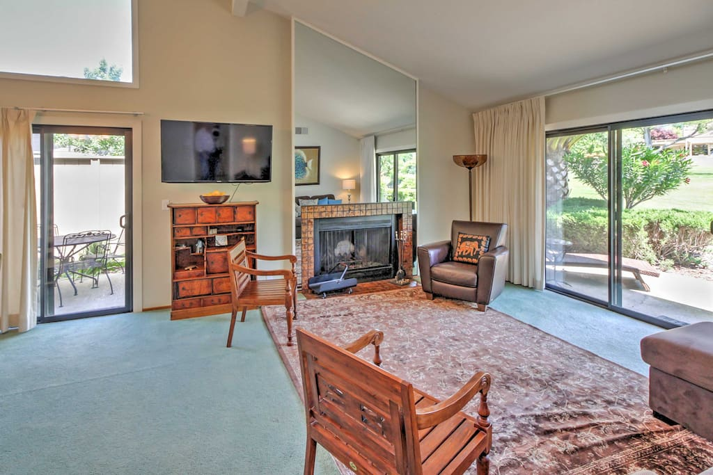 With accommodations to sleep up to 8 guests, this property is a rare find in the Silverado community.