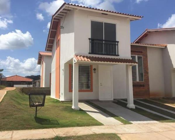 acogedora residencia - Panamá - 一軒家