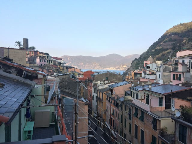 APARTMENT WITH BALCONY AND KITCHEN - Vernazza - Wohnung