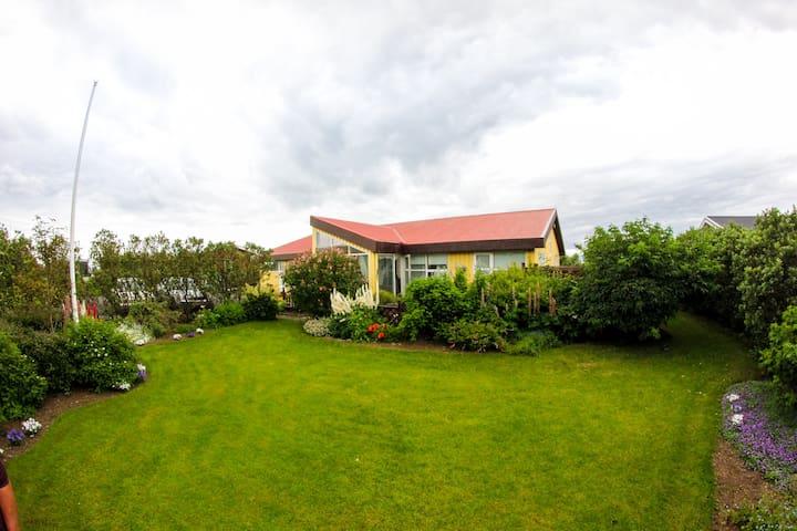 Norðurbær - Garðabær - Hus