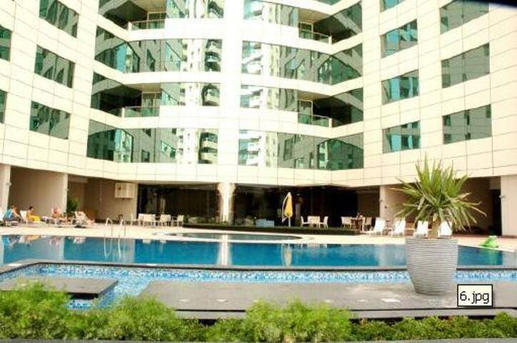 Private room in westbay - Doha