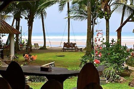 Hotel Pelicanos Fronte del mar - Esterillos Este