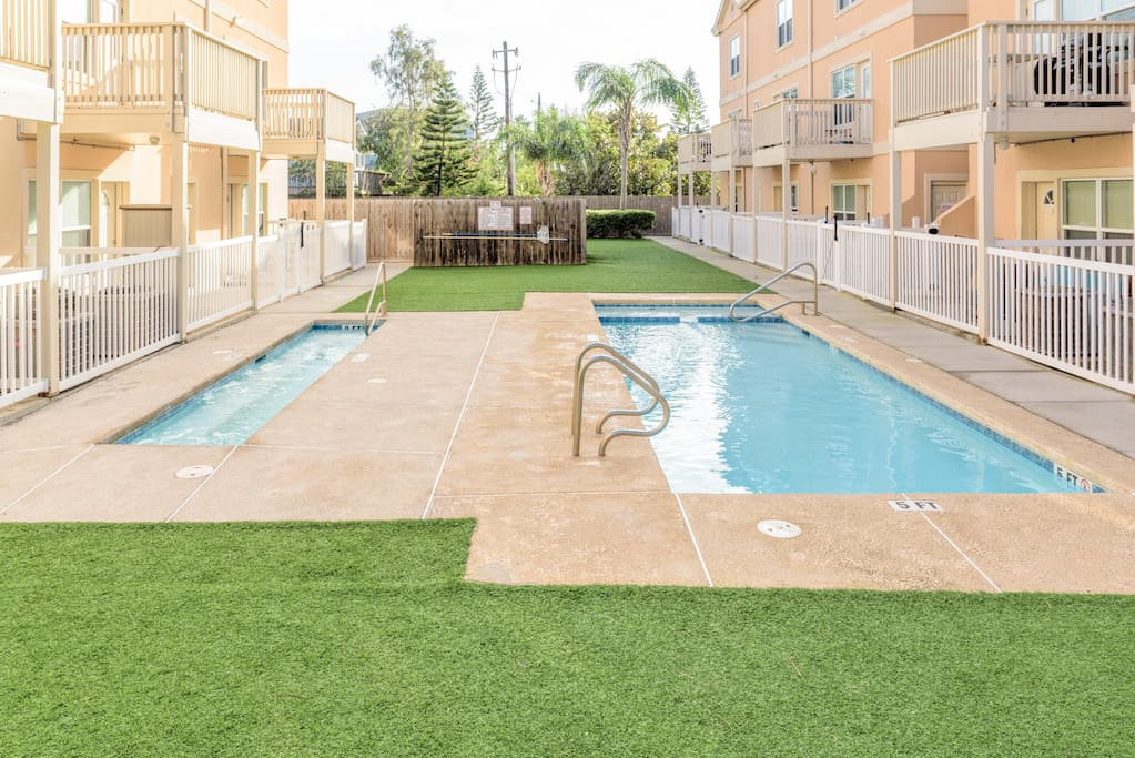 Pool, hot tub&BBQ for guest use