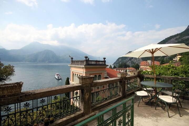 Villa Guardini Art Deco Villa with amazing lake view in Varenna