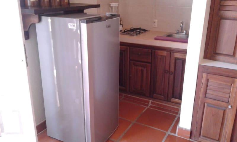 The Studio got a private mini kitchen - cocina privada dentro del estudio