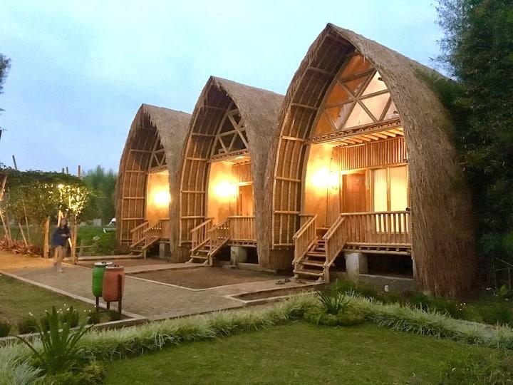 Villa ChavaMinerva Bambu Lembang - 2 BR No Kitchen