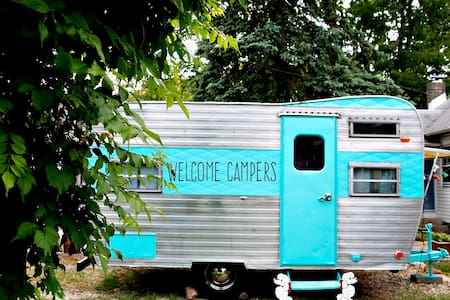 Lucy our 1960's Vintage Camper - Wall Township