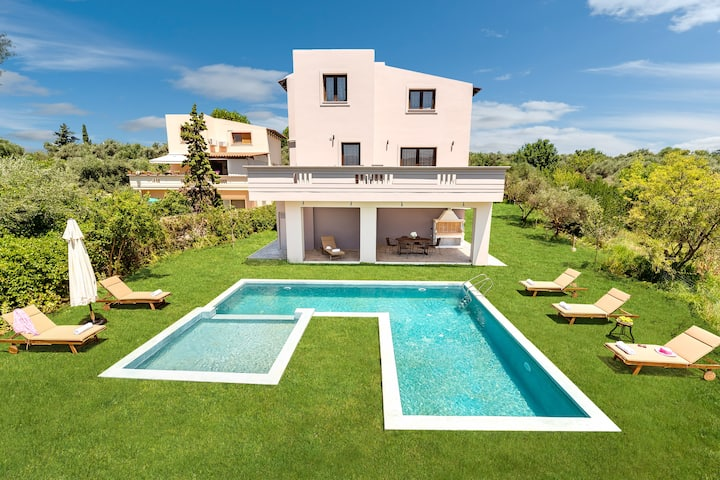 Villa Olvini ✩ Heated Pool ✩ DreamVillas Crete