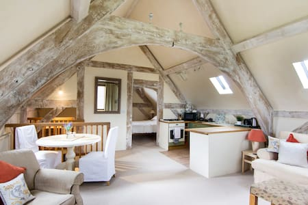 The Hayloft at Rushbury manor