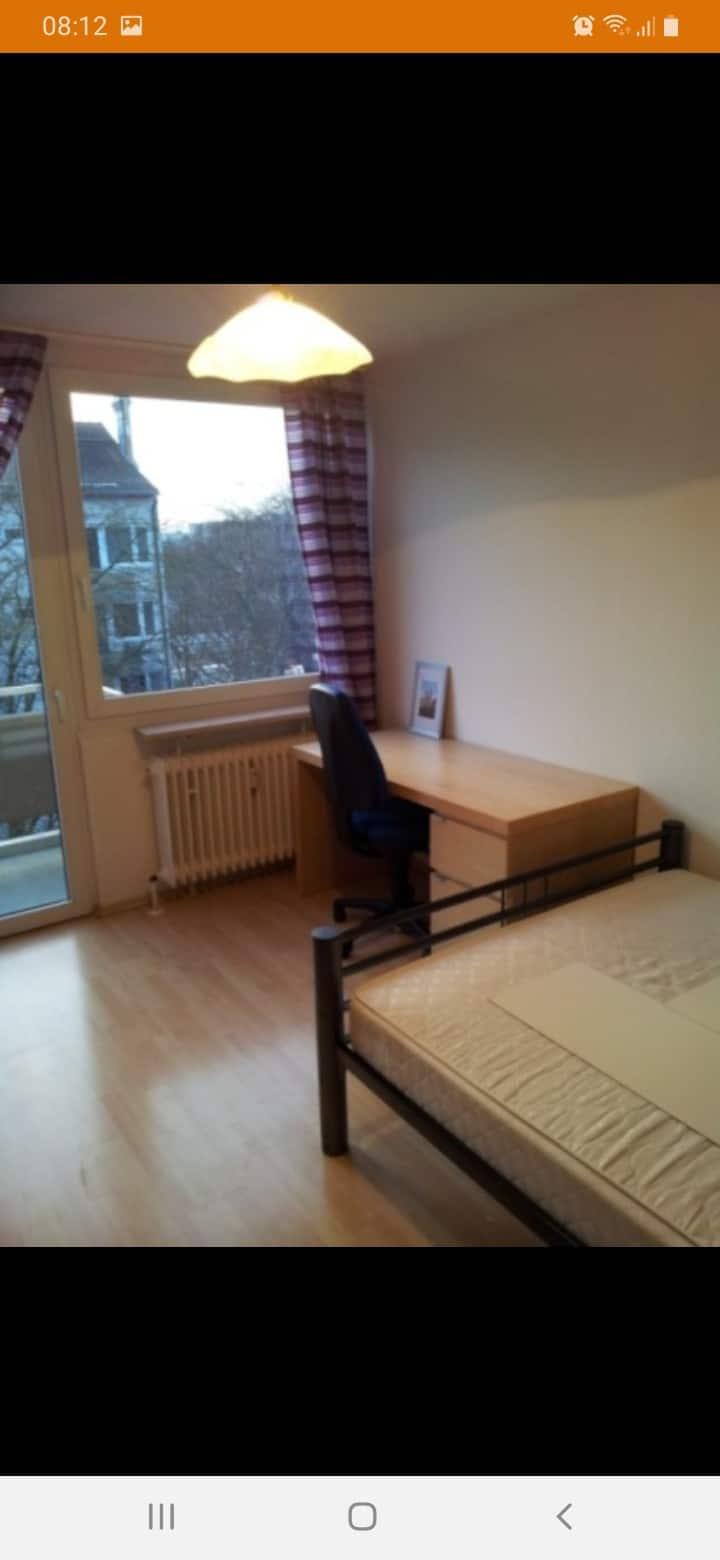 Lovely furnitured 1-room apartmnt near Olympiapark