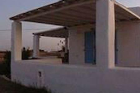 Ένα υπέροχο σπίτι 100 τ.μ με 2υ/δ - Ιστέρνι - Casa