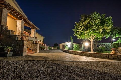 Countryhouse MAESTA' DI CUDINO