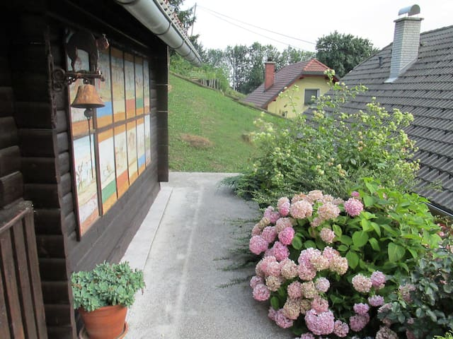 Bee cottage on 800 m height - Laseno