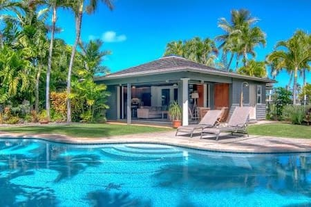 Kailua Palms Guest House with Pool and Views - Кайлуа