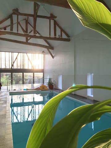 Gîte Piampiam avec piscine intérieure 14 personnes