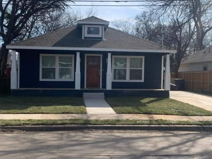 Craftsman-style home near DT/Medical District